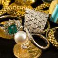 Как носить винтажные и антикварные ювелирные украшения