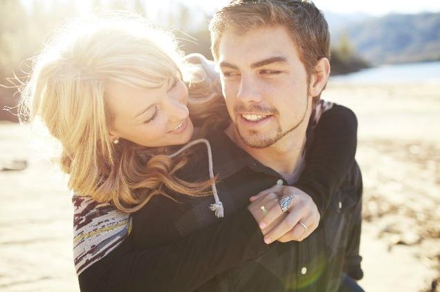 Означает ли отдаление мужчины, что он перестал любить?
