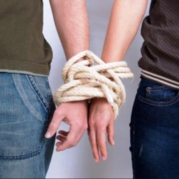 Любовь или не любовь? 10 признаков невротической привязанности