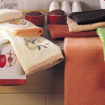 Названа главная опасность кухонных полотенец