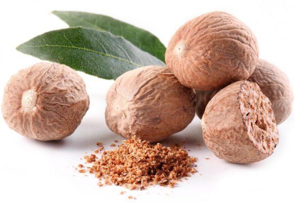 Мускатный орех в кофе, чае и кондитерских изделиях
